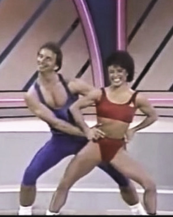 Taylor Swift's 'Shake It Off' in 1989 Aerobics is Perfection